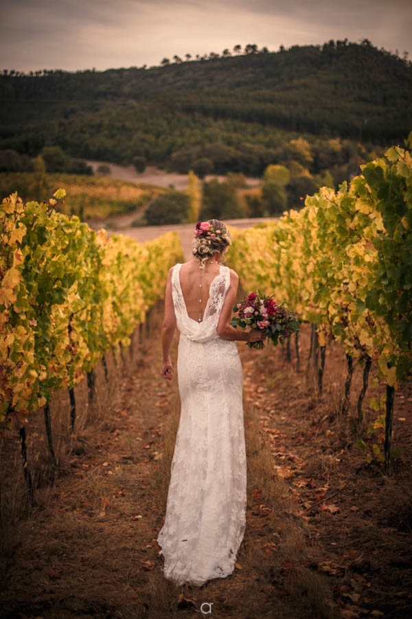 Quinta de Sant'Ana bride in the vineyard