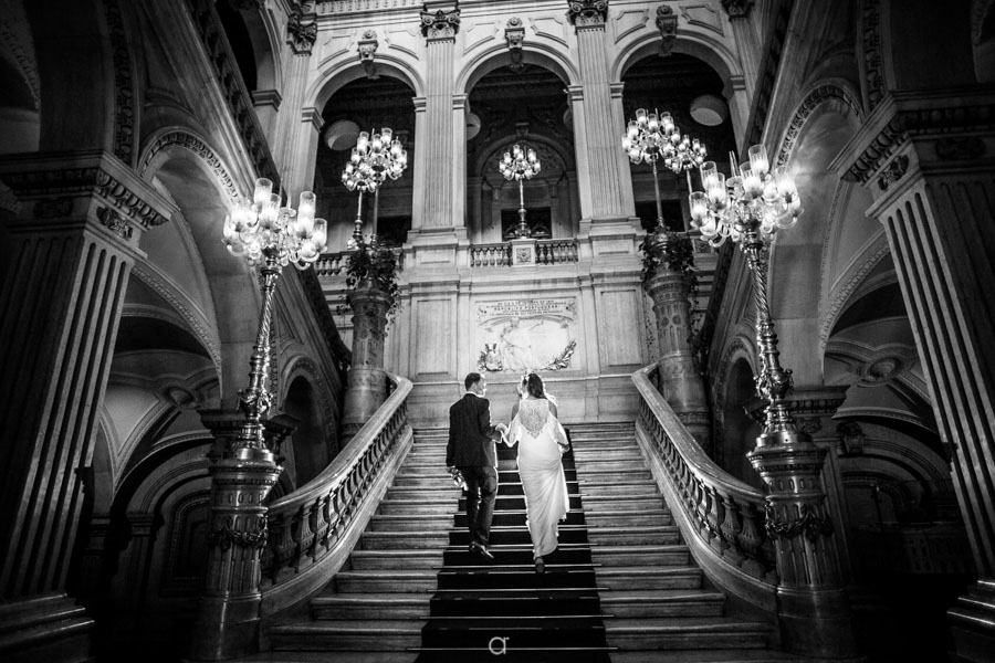 Câmara Municipal de Lisboa noivos nas escadarias